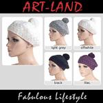 Wunderschöne Damen Wintermütze mit Bommel und in verschiedenen Farben.